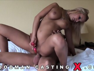 LobsterTube anal blonde casting