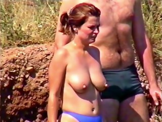 LobsterTube beach big tits nipples