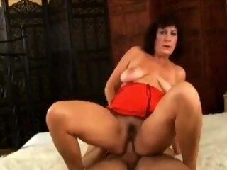 LobsterTube gilf granny hairy